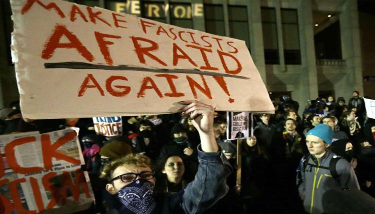 أميركا المعادية لترامب تفجر غضبها في واشنطن