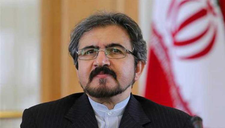 طهران تنحني أمام عاصفة ترامب وموسكو تحذر من مراجعة «النووي»