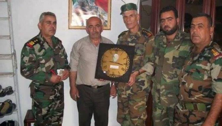 """الجندي السوري بـ""""معزاة"""""""