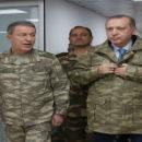 """بالزّي العسكري الرئيس أردوغان يصل هاتاي لتفقد عملية"""" غصن الزيتون""""."""