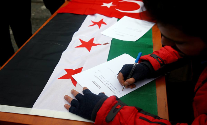 إقبال غير مسبوق للسورين للإنضمام إلى الجيش السوري الحر من أجل المشاركة بغصن الزيتون
