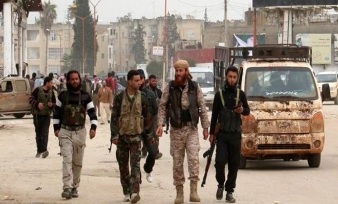 تحرير الشام تستجمع قواها وتستعيد السيطرة على عدة قرى بريفي إدلب و حلب