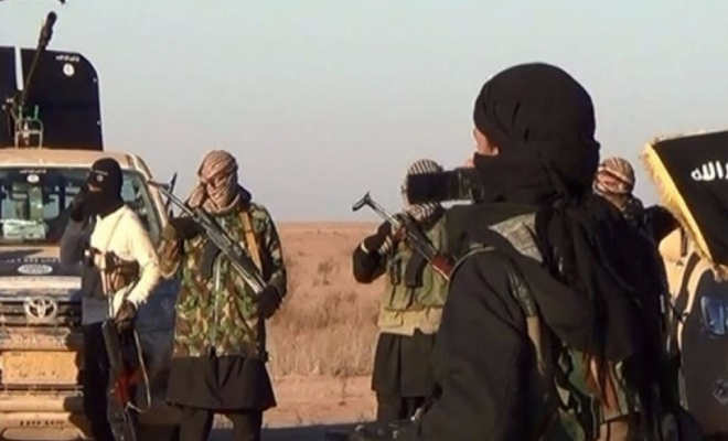 غارات لطيران مجهول أدى لعدة قتلى من تنظيم داعش شرقي دير الزور