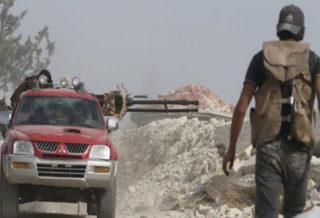 الجيش الحر يتصدى لمحاولة تسلل فاشلة لعصابات الأسد على محور مستودعات خان طومان
