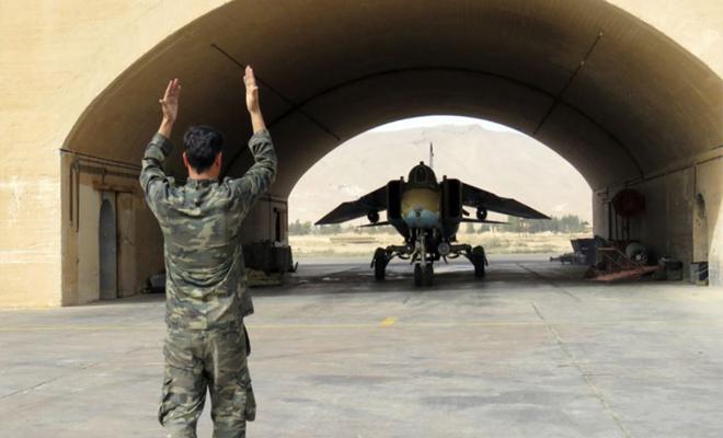 صحيفة بريطانية تكشف خطوات يتبعها الأسد ضد الميليشيات الإيرانية المتواجدة بالقواعد العسكرية