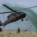 مروحية عسكرية تابعة للتحالف الدولي تنقل مجموعة من الخبراء الأمريكيين إلى قاعدة عسكرية أمريكية جنوبي الحسكة