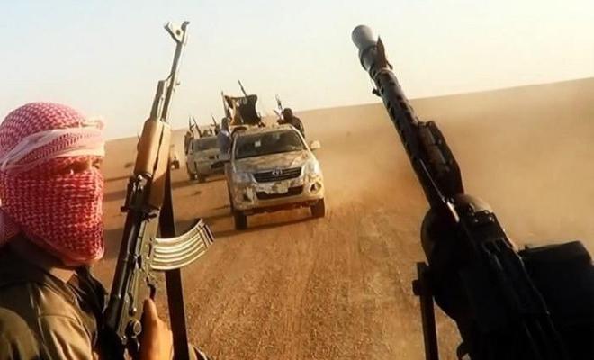 داعش يهاجم عصابات الأسد على أطراف البوكمال ويتقدم بمساحات واسعة