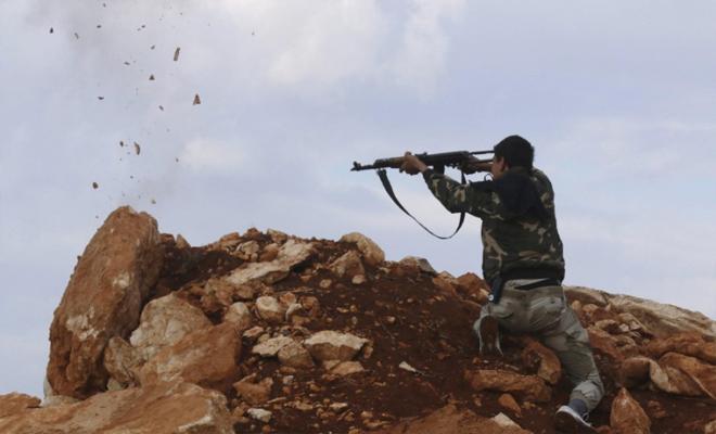 قصف مدفعي عنيف و هجوم لعصابات الأسد على نقاط رباط للثوار في ريف حماة