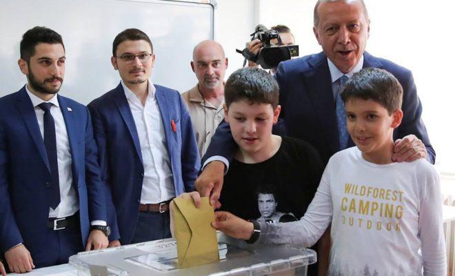 منافس قوي لـ حزب العدالة والتنمية ووعود بتحسين نظام الدولة بحال فوز أردوغان