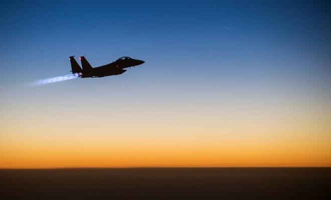 مجزرة من طيران التحالف الدولي راح ضحيتها 32 مدني بريف دير الزور الشرقي