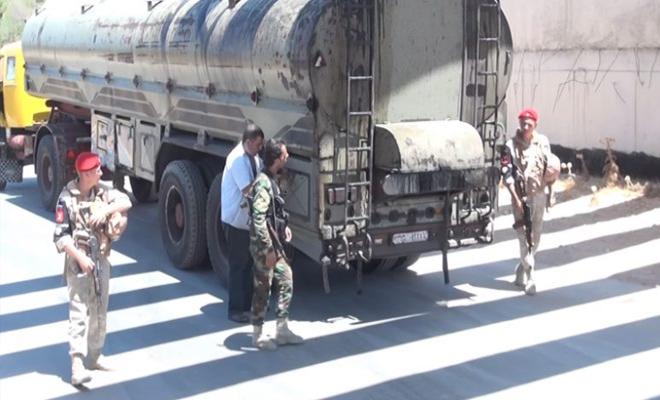 جنود الغُزاة الروس يبيعون المازوت لتجار السوق السوداء شمال حمص