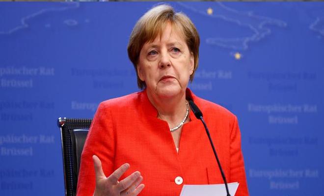 ميركل : لا يمكن أن يكون الموقف الألماني هو مجرد قول لا