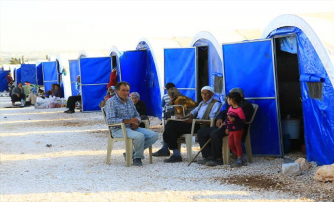 """عصابات الأسد الإرهابية تُعيد نازحي مدينة عفرين إلى مخيمات ميليشيا """"بي واي دي"""" الإرهابية"""
