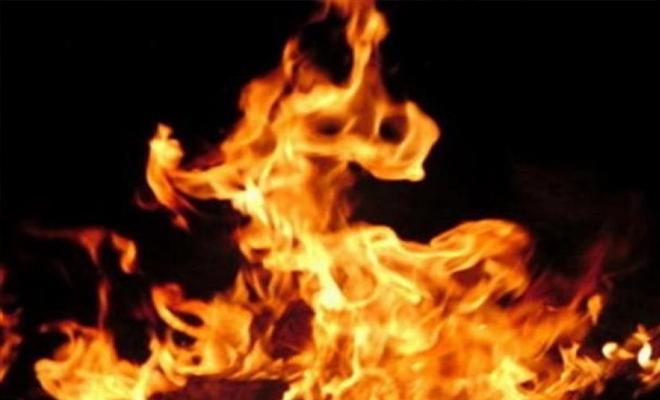 داعش يحرق عدداً من أبناء الرقة وهم أحياء