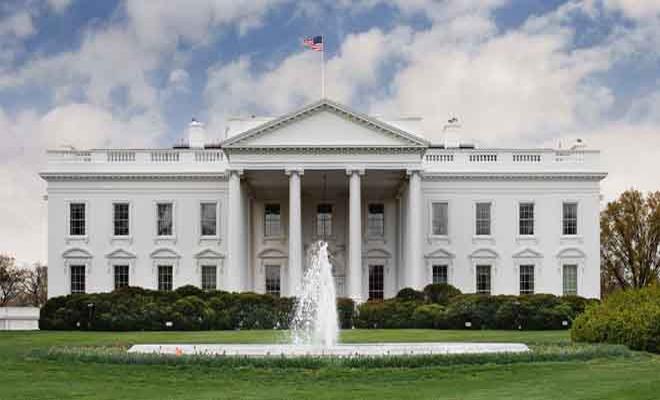 """البيت الأبيض يعلن عن دعمه القوي لتمرير مشروع قانون """"قيصر"""" لحماية المدنيين في سوريا"""
