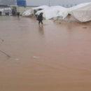 مياه الأمطار تغرِق أحد أكبر مخيمات النازحين السوريين في محافظة الحسكة