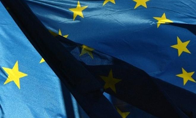 الاتحاد الأوروبي يحذر من خطورة التصعيد العسكري في المنطقة المنزوعة السلاح شمال سوريا