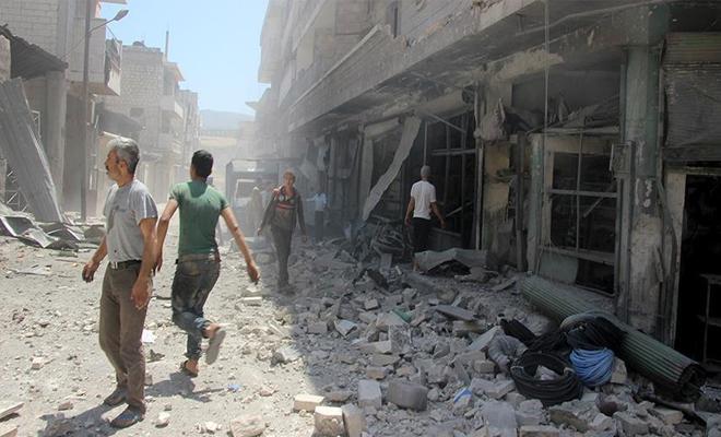 استشهاد 7 مدنيين وإصابة آخرين بإدلب بقصف جوي وصاروخي لنظام الإجرام الأسدي