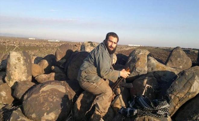 تدمير دبابتين وقتل عناصر من عصابات الأسد الإرهابية على يد الثوار في ريف حماة الشمالي