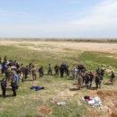 ما يسمى بمجلس دير الزور المدني التابع لميليشيا قسد يكشف عن المقابر الجماعية في ريف دير الزور