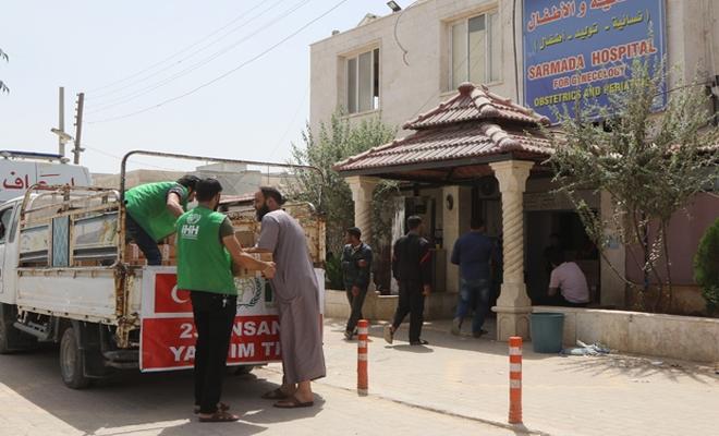 الإغاثة التركية ترسل 15 ألف طرد من المستلزمات الطبية إلى ريف إدلب